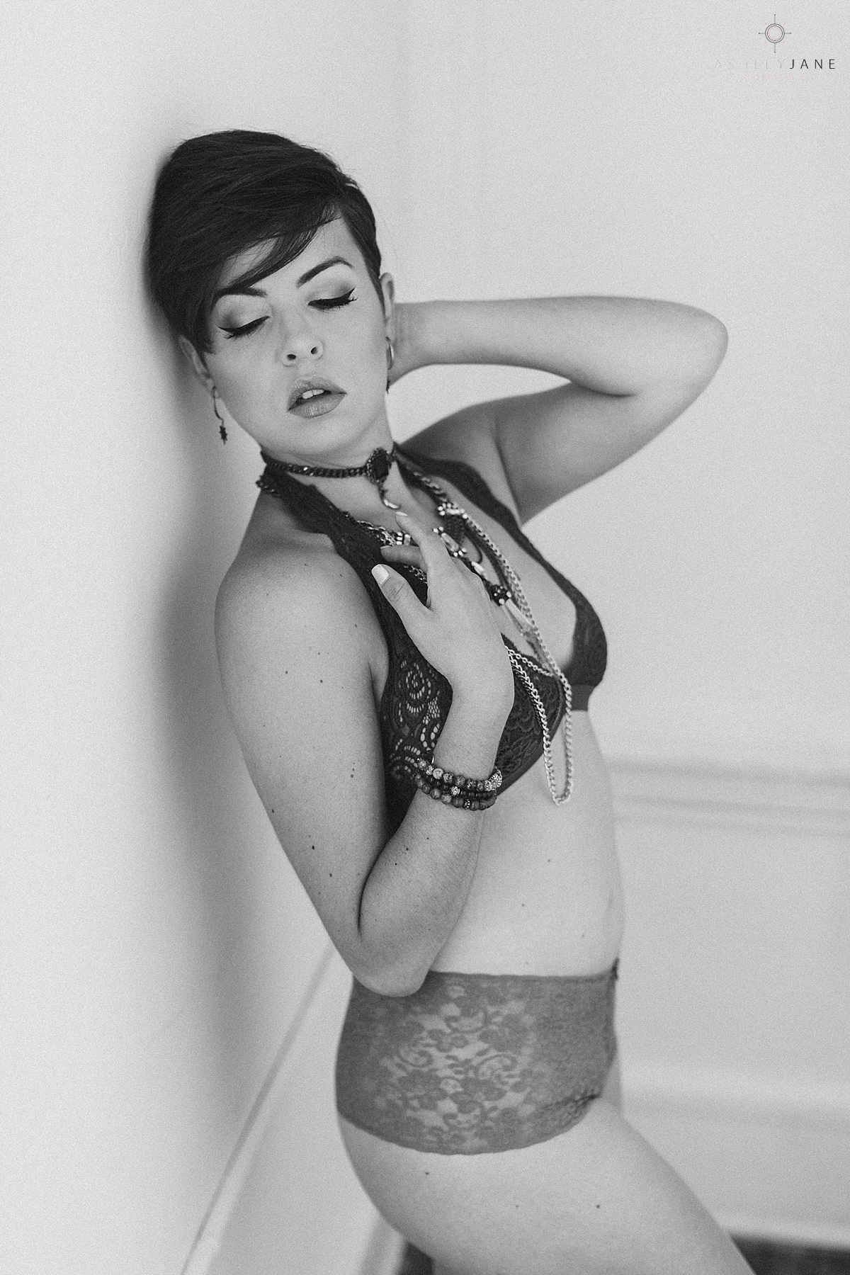 Black and white shoot of girl in a bralette and lace panties for a boho style shoot by orlando boudoir photographer